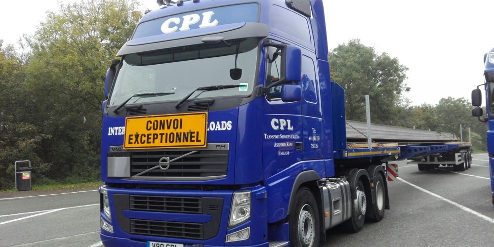 http://cpltrans.com/wp-content/uploads/2015/12/Steel-Piles-Luxembourg-to-Hull-3.jpg